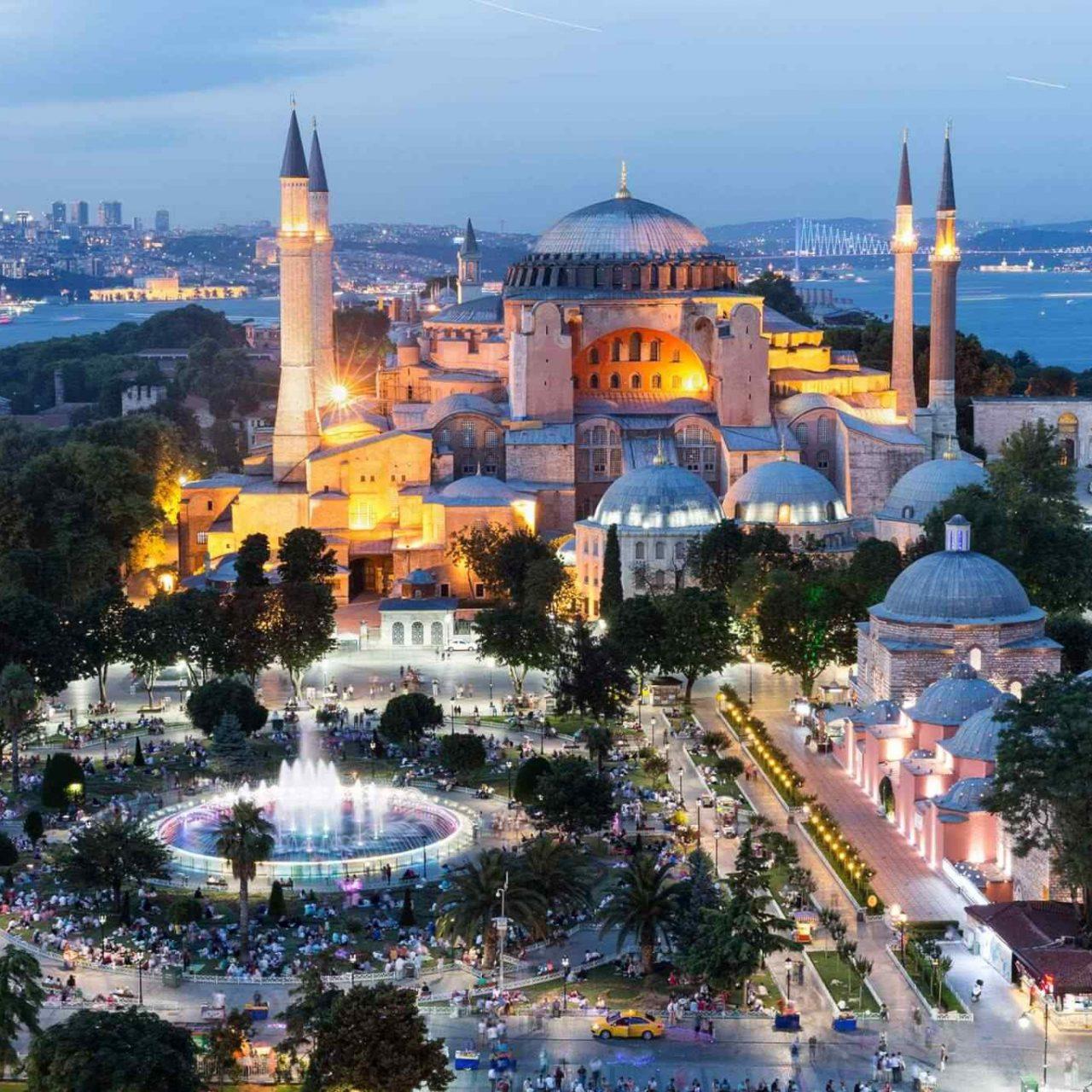 https://www.tembeta.cl/wp-content/uploads/2018/09/destination-istanbul-02-1280x1280.jpg